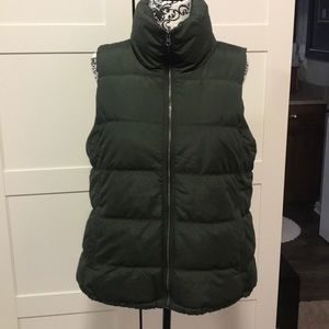 Army green puffer vest